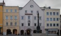 Drei Fassaden vor der Neugestaltung